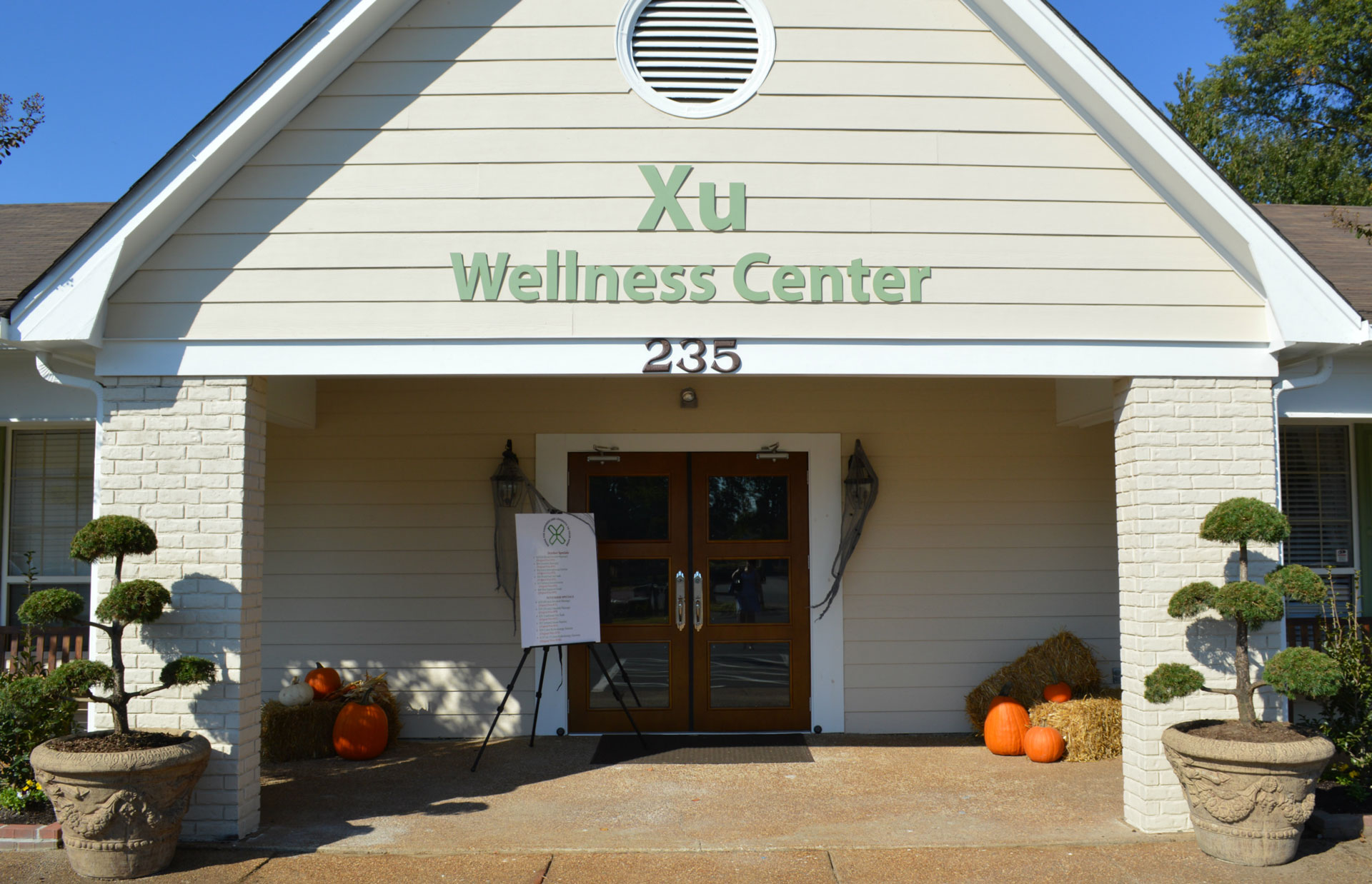 front view of Xu Wellness Center in Cordova TN
